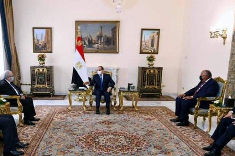 الرئيس السيسي يستقبل وزير خارجية الجزائر ويؤكد حرص مصر على تطوير العلاقات مع الجزائر في شتى المجالات